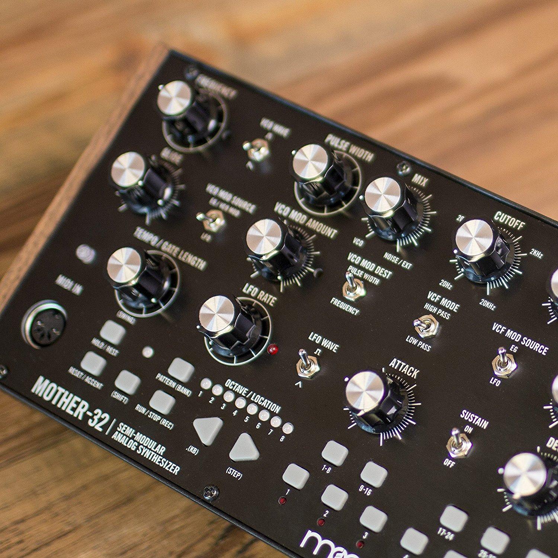 moog mother 32 semi modular analog synthesizer. Black Bedroom Furniture Sets. Home Design Ideas
